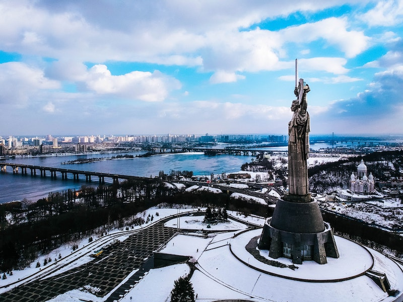 Voyager pas cher en Europe Roumanie - Photo par Denys Rodionenko
